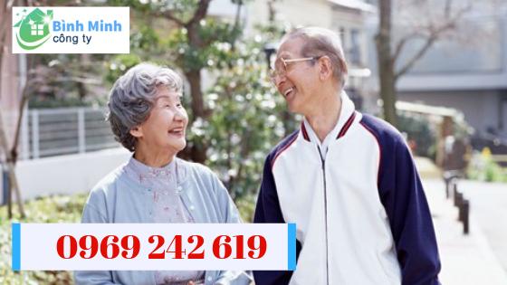 cung ứng người chăm người già